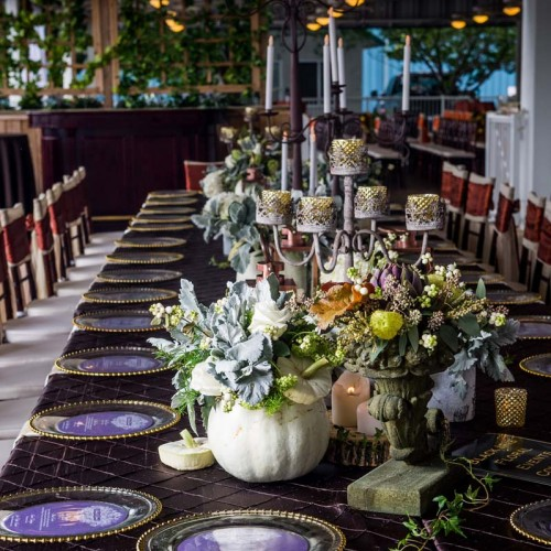 Black Iris Floral Events King's Table