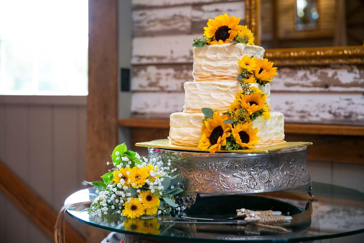 Sunflower Cake Design
