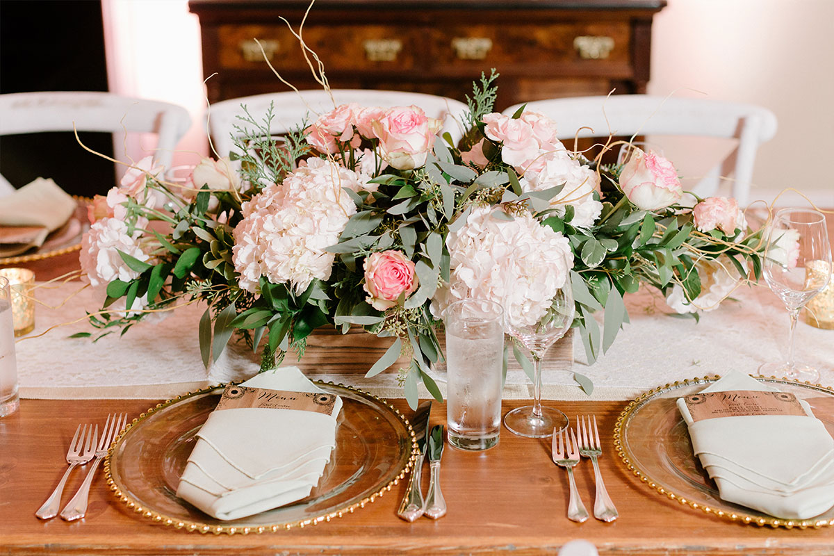 Pink and Gold Wedding Colors