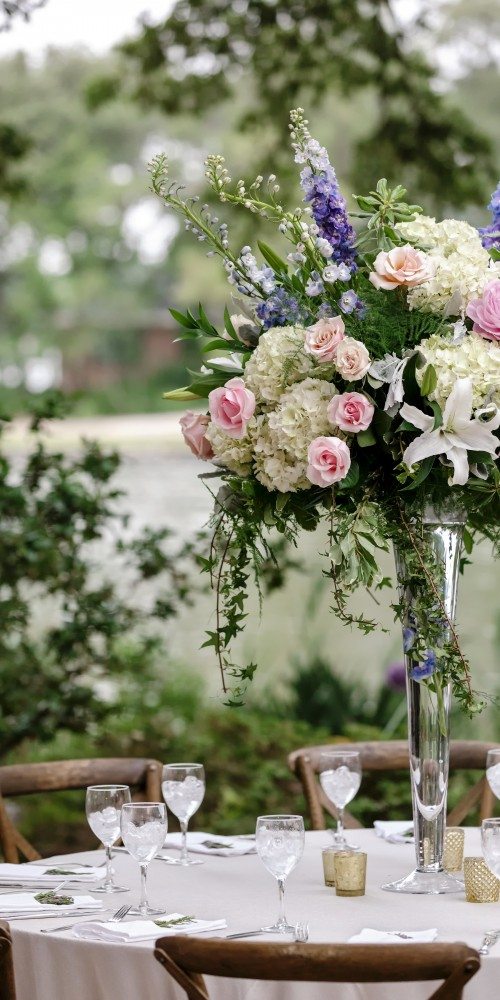 Spring Wedding Flowers with Lillys