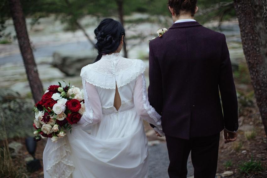 10ca-Gothic-Romantic-Wedding-Inspiration