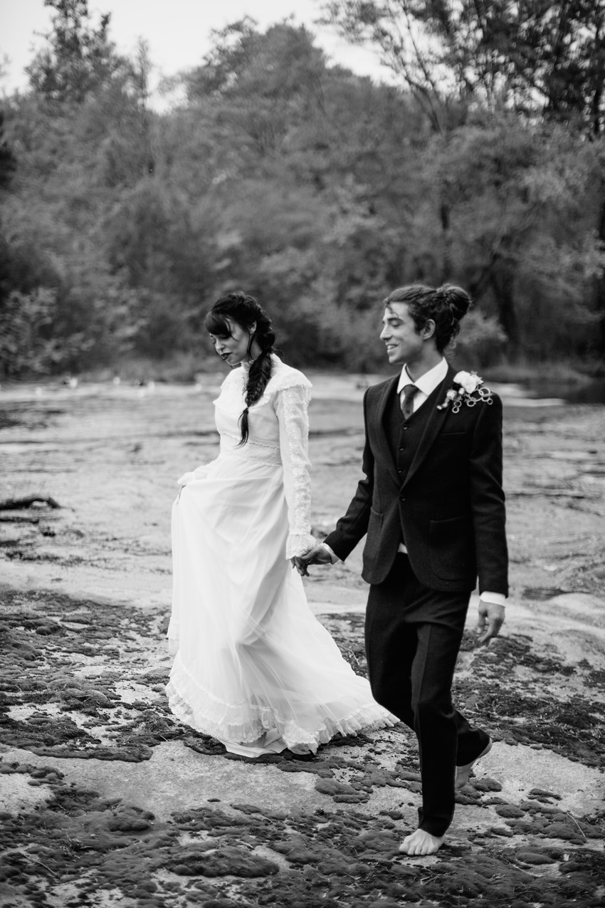 8c-Riverside-Wedding